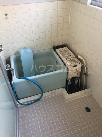 第一コ-ポ新河岸 101号室の風呂