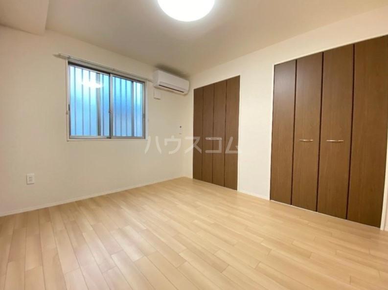 ハイツグレース 102号室のベッドルーム