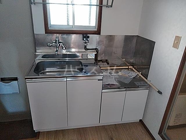 グリーンコーポ 101号室のキッチン