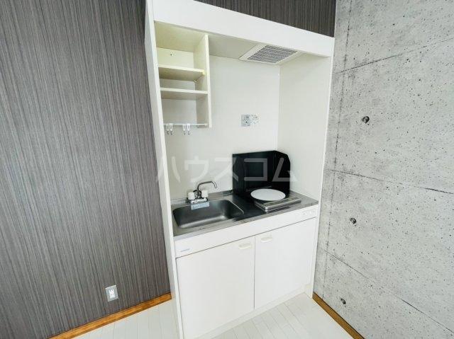 第2岡三ビル 302号室のキッチン