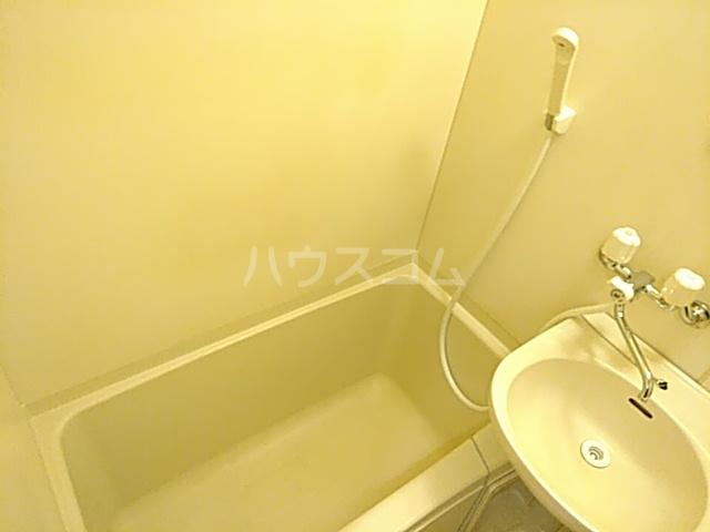 プリシア千里丘 207号室の風呂
