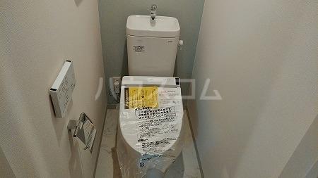 ラフィネ芦花公園B 101号室のトイレ