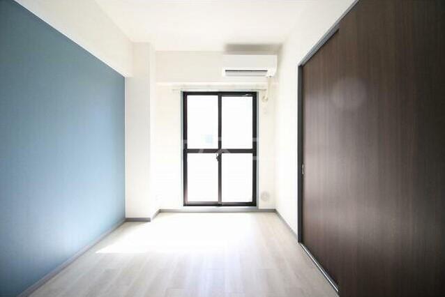 三浦マンション 204号室のリビング