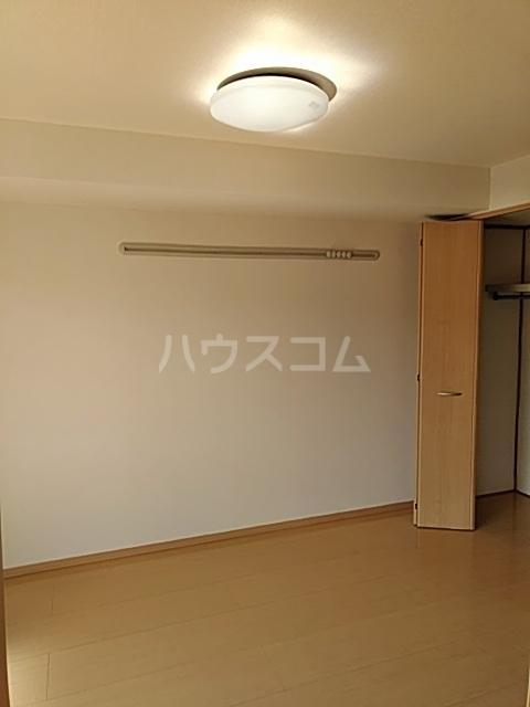 丘参番館 103号室のトイレ