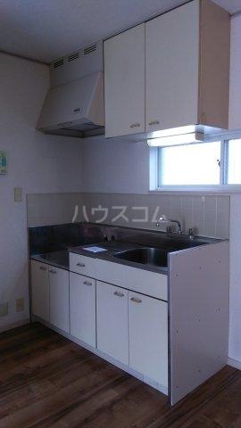 エステートピア・シャルム 201号室のキッチン