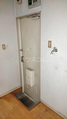 コーポユタカ 102号室の玄関