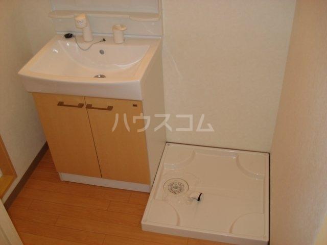 ラ メゾン デ ショコラ 205号室の洗面所