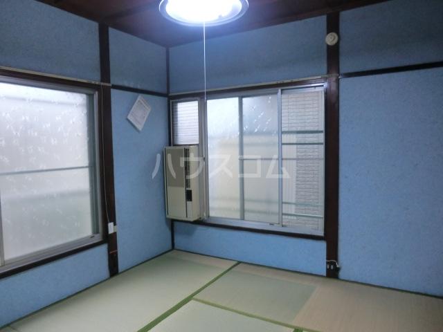 第一高永荘 101号室のリビング