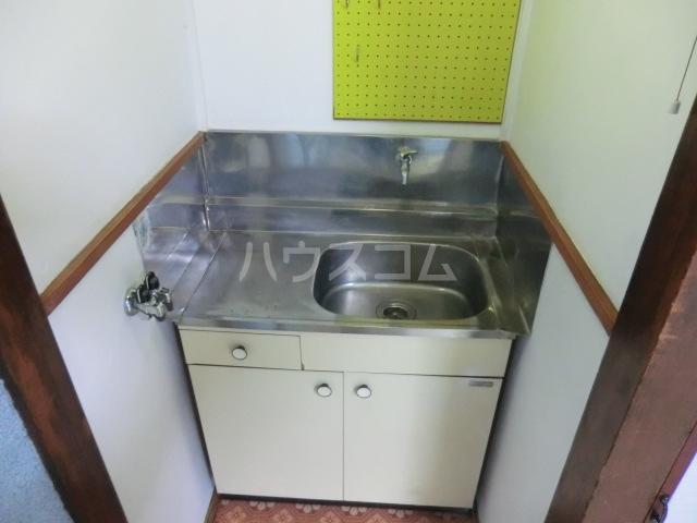 第一高永荘 101号室のキッチン