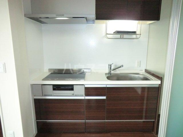 シャーメゾン東岸和田 305号室のキッチン