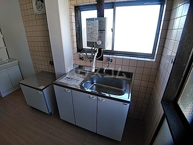 コーポ南 D号室のキッチン