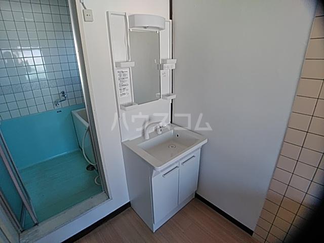 コーポ南 D号室の洗面所
