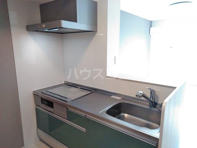 ティールーム 高野 203号室のキッチン