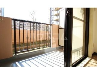ライオンズマンション成増第五 104号室のバルコニー