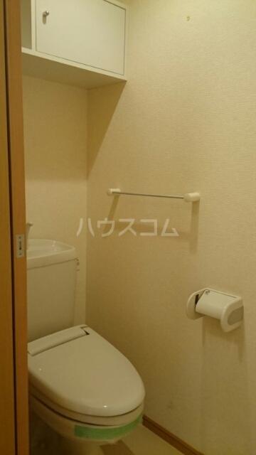 サンリットスクエアB 01020号室のトイレ