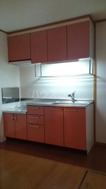 サンリットスクエアB 01020号室のキッチン