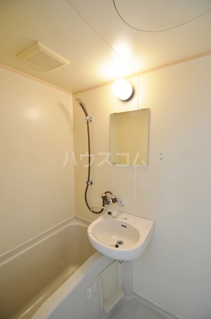 サンライフ日吉 201号室の風呂