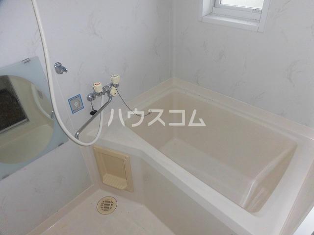 マ・メゾン藤ヶ丘A 202号室の風呂