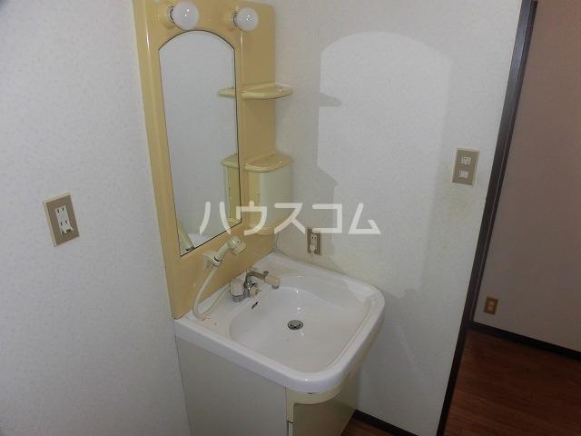 マ・メゾン藤ヶ丘A 202号室の洗面所