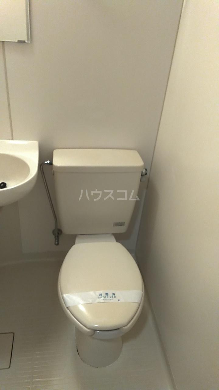 サンバレー池袋 102号室のトイレ