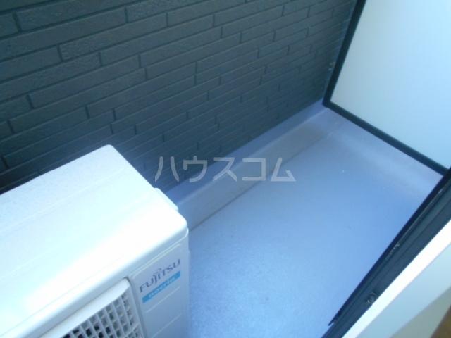 コルディアルマン貫井 203号室のバルコニー