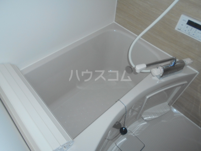 コルディアルマン貫井 203号室の風呂