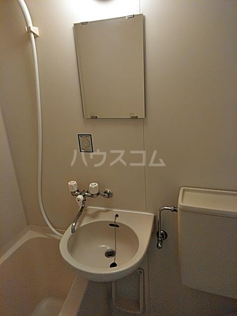 ベイグランデ北栄 415号室の洗面所