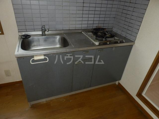 メゾンドールST 306号室のキッチン