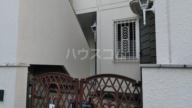 高舟台2丁目アパート 1号室のエントランス