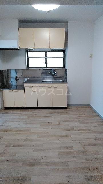 ヒルブライト 107号室のキッチン