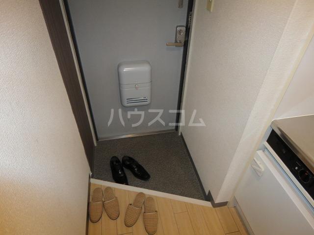 メモワール上桂 202号室の玄関