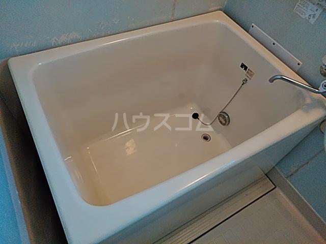 コーポなみまつ Ⅰ 102号室の風呂