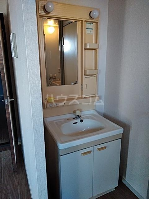 コーポなみまつ Ⅰ 102号室の洗面所