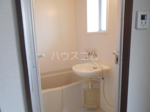 実方ハイツ 402号室の風呂