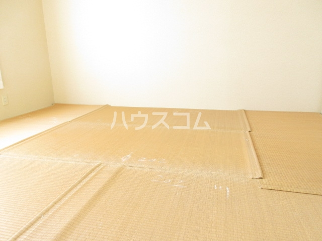 コープレットⅡ 205号室の居室