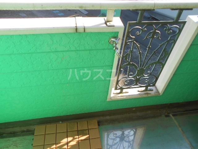 BELLAVISTA三春 203号室の居室