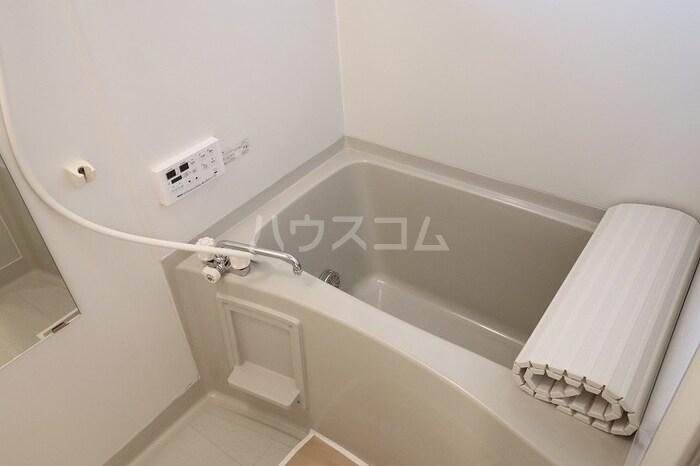 メゾンエクレールC 102号室の風呂