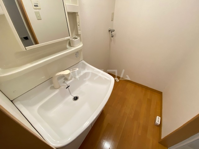 グランシャリオの洗面所