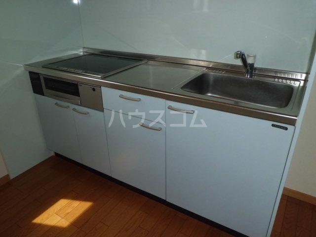 シルクハイツA 102号室のキッチン