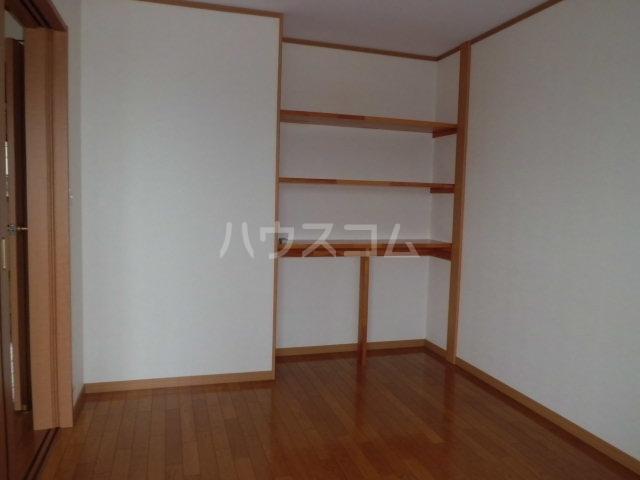 シルクハイツA 201号室の収納