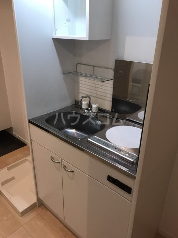 カーササラ 101号室のキッチン
