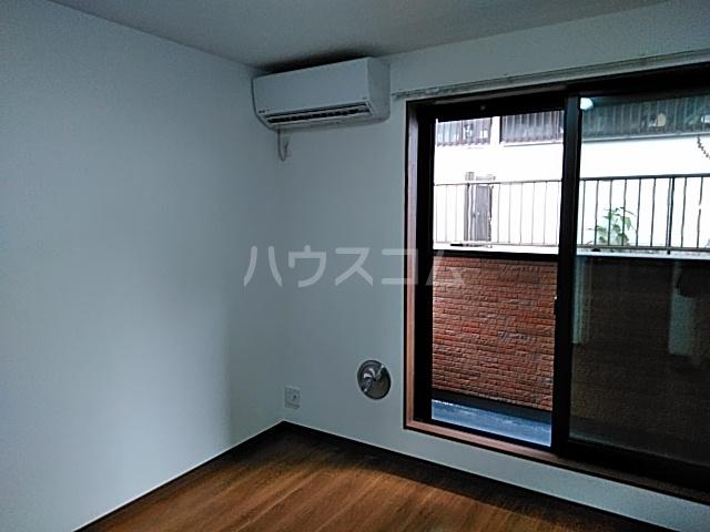 グランフェリオ横浜元町 303号室のリビング