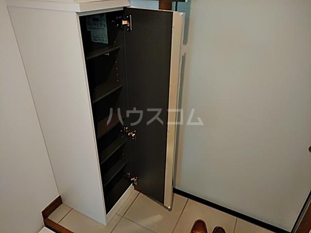 グランフェリオ横浜元町 303号室の収納