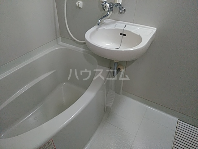 APPEARANCE 102号室の風呂