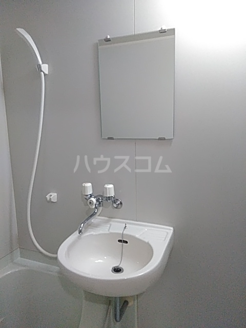 APPEARANCE 102号室の洗面所