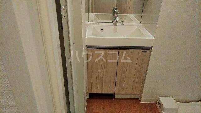 アジールコート新高円寺 205号室の洗面所