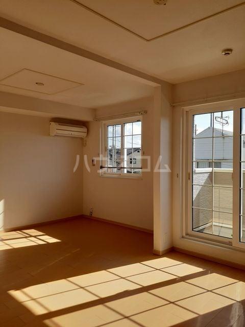 サニーコート 02020号室の居室
