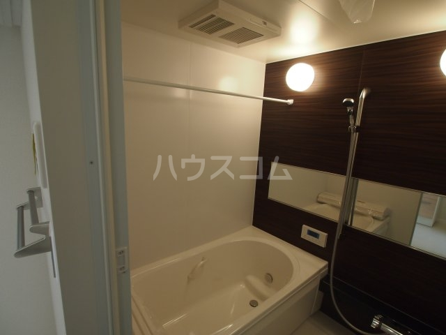 べレオ三条 202号室の風呂