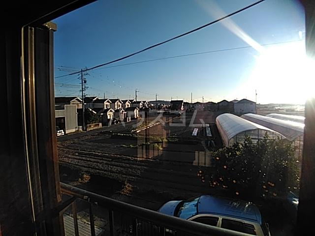 井内町借家の景色