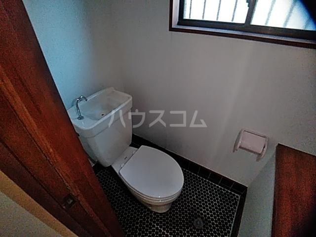 井内町借家のトイレ